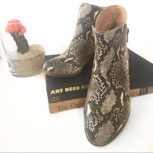 Lucky Brand Snake look Leather Bootie- like New!